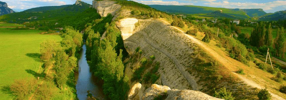Гора Крокодил в окрестностях Севастополя