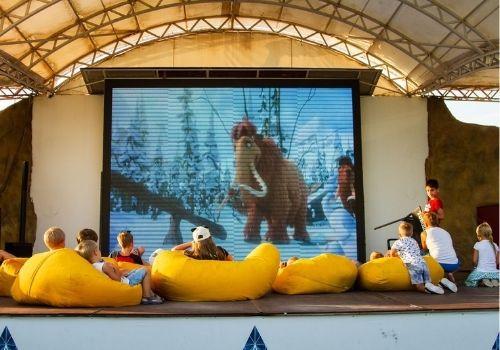 Отдых в Крыму с детьми с кинотеатром