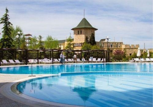 Отдых в Крыму в мае с бассейном